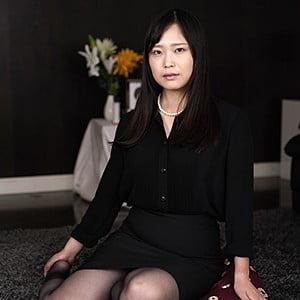 素人熟女図鑑  りほ(27)